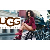 С чем одевать угги UGG Australia?