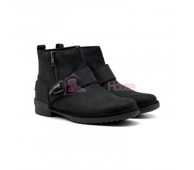 UGG Women Boot Cossack Black Кожаные угги ботинки на каблуке черного цвета